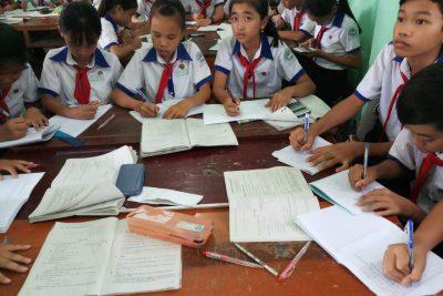 Một số hình ảnh hứng thú học tập, được tổ chức làm việc cá nhân, theo cặp nhóm của học sinh dưới sự hướng dẫn của giáo viên